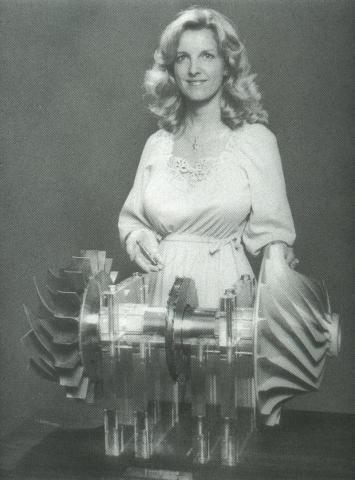 Frau mit Turbine